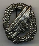 Beret Badge Airborne Infantry, without flag, antique silver, metal, new