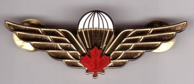 Parachutist Badge Canada, full size, red maple leaf, new